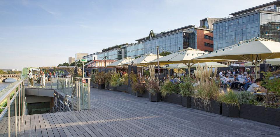 Les docks en seine cit de la mode et du design les for Maison de la mode et du design paris